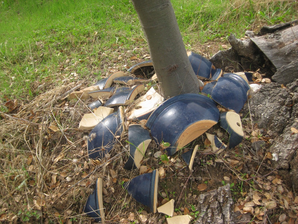 Broken blue pots