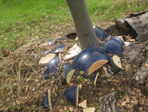 Broken blue pots