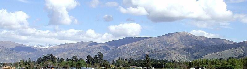 Near Lake Dunstan Central Otago