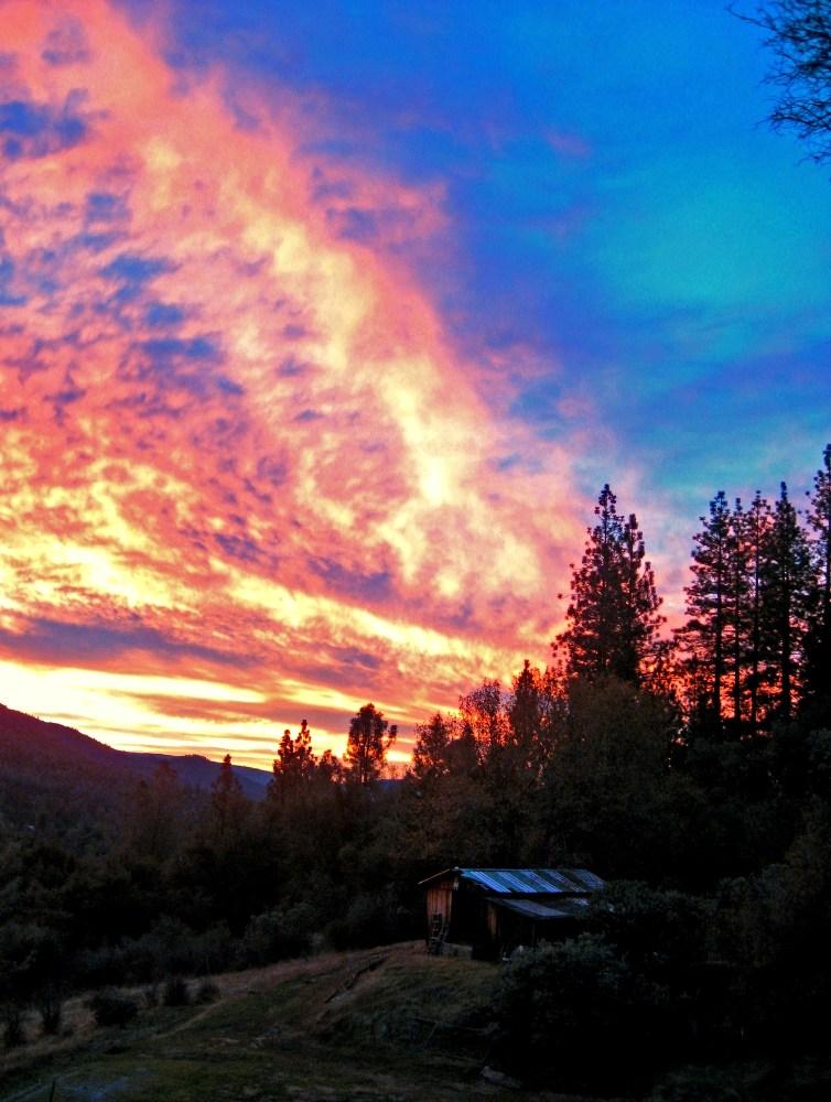 2010-12 December sky lights up the shed